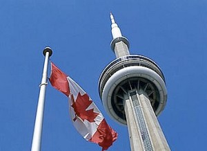 the-nc-tower-and-canadian-flag-toronto-canada+12735139402-tpfil02aw-1223
