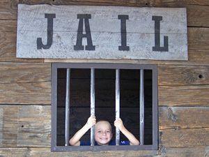 kid-jail300